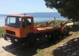 Kamion za odvoz biljnog materijala